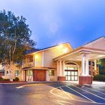 Best Western Plus The Inn At Sharon/Foxboro Foto