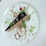 Foie gras de canard glacé au balsamique et son gel à l'aspérule