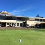 San Vicente Resort Par Lounge and Oaks Grille