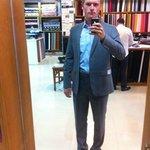 Mein Anzug beim zweiten Fitting mit hellblauem Hemd.