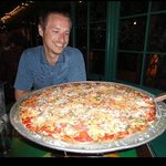 18 inch spicy meat pizza