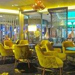 The lounge & Bar