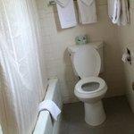 Bathroom in 2 queen bed