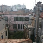 Вид с альтаны (террасы на крыше)