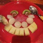 Assiette de fruits exotiques