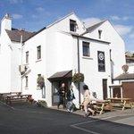 Welcoming harbourside inn