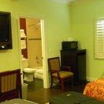 Habitación cómoda y espaciosa