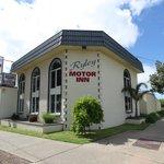 里樂伊汽車旅館