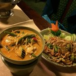 Great curry with street nodels - yammmyyyyy!! :)