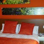 Fantastica habitacion naranja ☺☺☺la 205..
