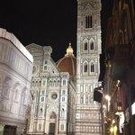 Piazza del Duomo de noche... a 5 pasos del hotel
