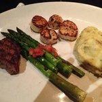 "Filet/Scallops/Mashed Potato/Asparagus... ""Delish""!!!"