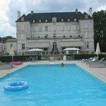 arrière du château et piscine