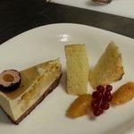 Sacher torte und Praline von Gänsestopfleber mit Marillen chutney
