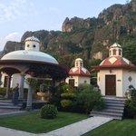 Cabinas del Spa para masajes, y la vista al Tepozteco