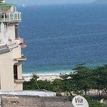 Vista da praia, a partir da cobertura do Hotel (piscina).