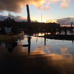 Kayak al amanecer
