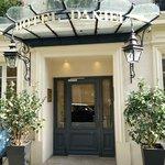 Entrance to Hotel Daniel