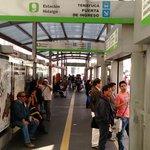 Estação de Metro Bus em frente ao hotel