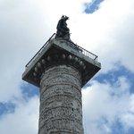 Colonna di Marco Aurelio  |  Piazza Colonna, Roma