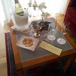 GenussPur-Überaschung am Zimmer mit (mildem) Prosecco, Kürbisschokolade und Ingwerkeksen