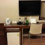 Flat screen TV, Ref & coffee-tea making facilities