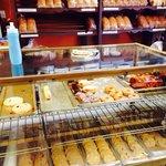 Oliver's Bakery & Deli Restaurant Foto