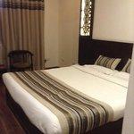 bedroom room 212