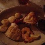 Danny Sheehan's - Broiled seafood platter