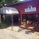 Republica Coffee Roasters