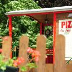 pizzaslaroulotte-chamonix.com