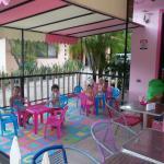 Kid's Corner/ Rincon de Ninos