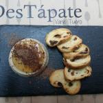 tapa foie mi-cuit con gelatina de jerez y virutas de chocolate.tapa 5€!