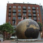 World War memorial on River Street
