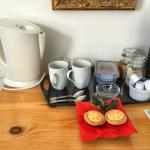 Kettle, tea & coffee and biscuits