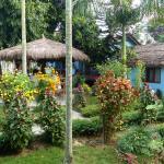 Jardins com zonas de convívio e apartamentos