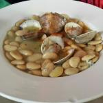 White bean soup with clams