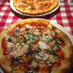 Excellent pizza!  Sausage and pepperoni mini pizza and shrimp/basil/lemon brava mini pizza.