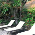 chair around pool