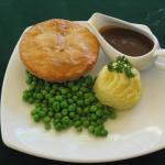 THE CLASSIC -Pie, mash, peas & gravy