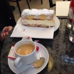 Café com torta típica austríaca!