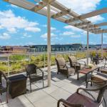 Hilton Garden Inn Washington DC/Georgetown - Outdoor Seating