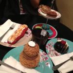 Cakes and macaroons!