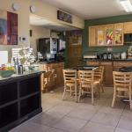 The breakfast area at Quality Inn and Suites Hollywood Boulevard
