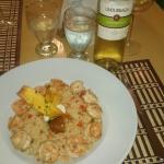 Cena, langostinos y arroz con coco.