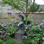 Museu Nacional da Porcelana Adrien Dubouche - Detalhe Jardim
