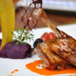 Pato con Salsa de Mandarina