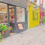la boutique et le passage Molière à côté de Beaubourg