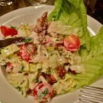 Salade Caesar avec du persil ! On aura tout vu.