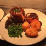 Steak and ale suet pudding ��